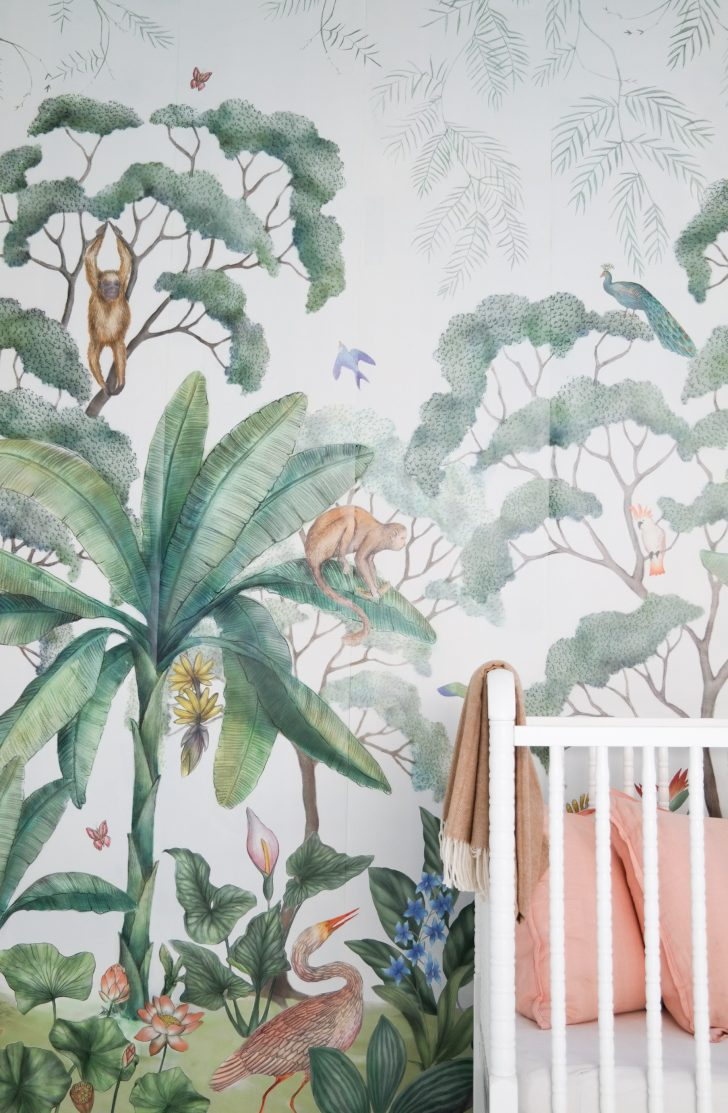 Kids 39 rooms with tropical inspiration petit small for Designer wallpaper mural