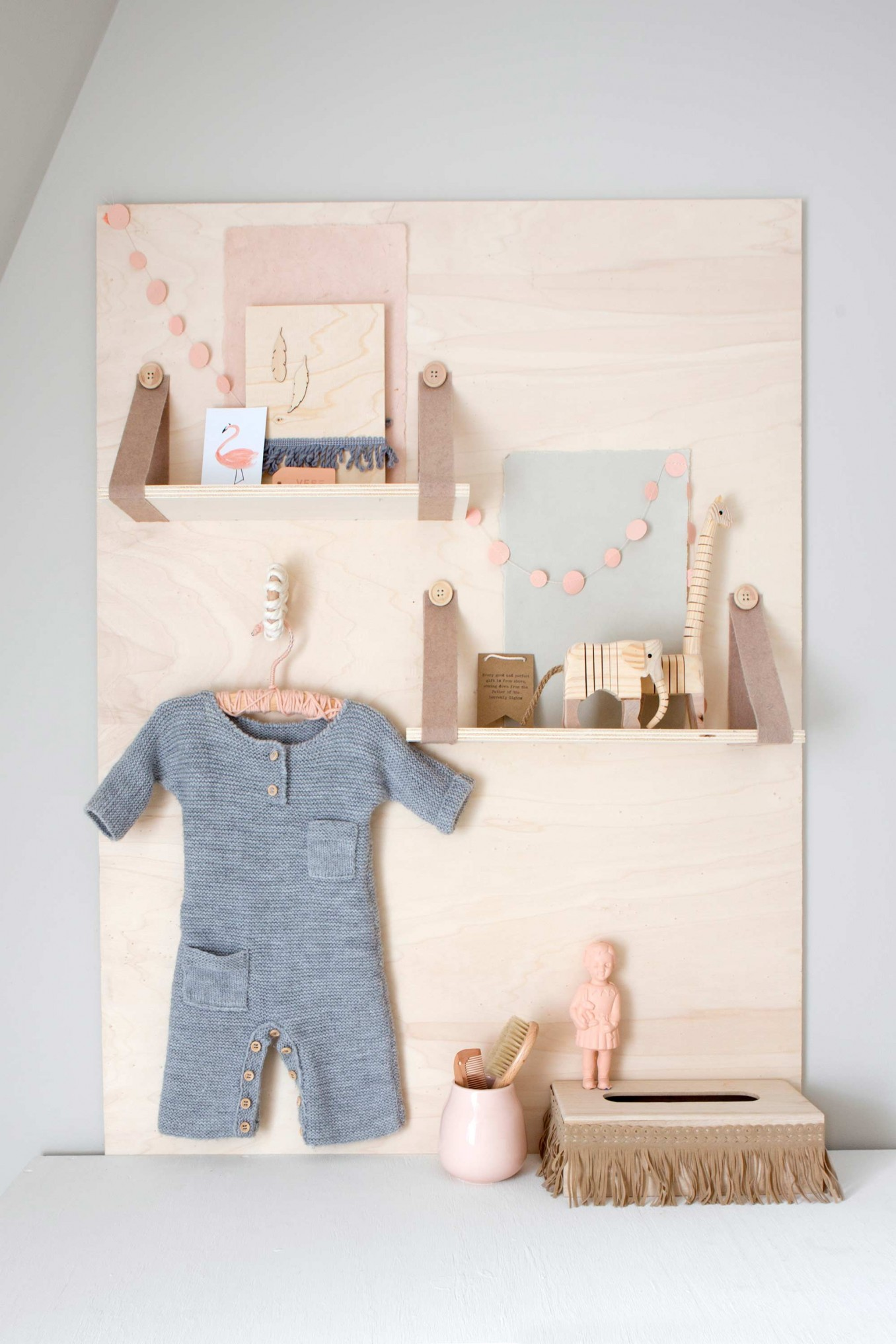 Awesome 5 Fun Shelf Ideas For A Kids Room (that You Can DIY)