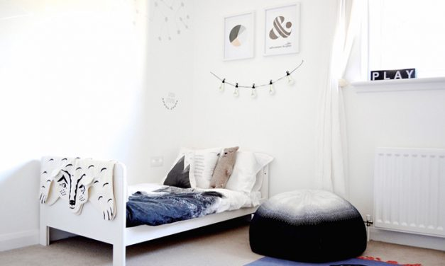 Scandinavian-Style Shared bedroom