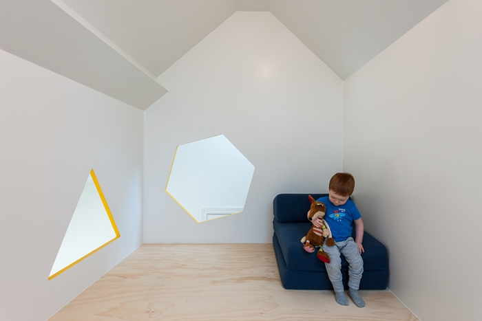 kids-play-area-attic3