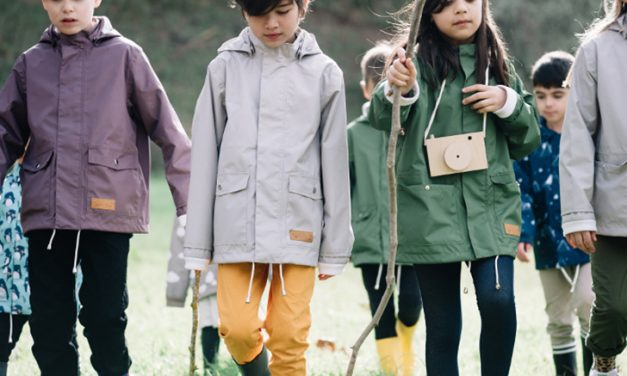 Lea & Jojo: Sustainable Raincoats for Children