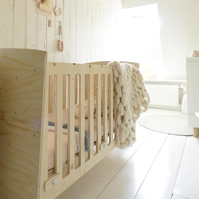 natural-materials-kids-room10
