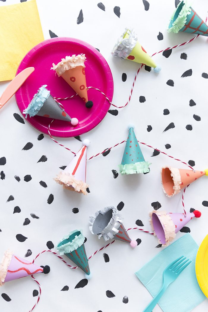 party_hat_garland
