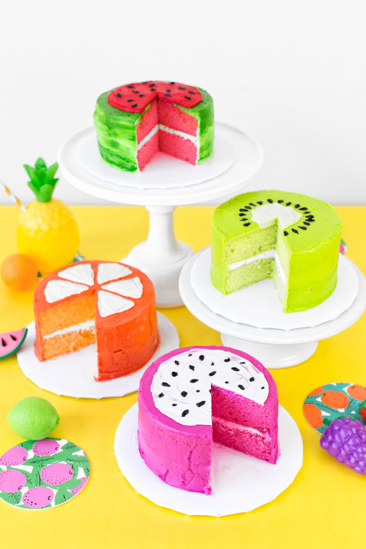 when someone says party we think cake after all what is a party without cake and weve found the perfect cakes for your fruit themed gathering - Someone Decorating For A Party