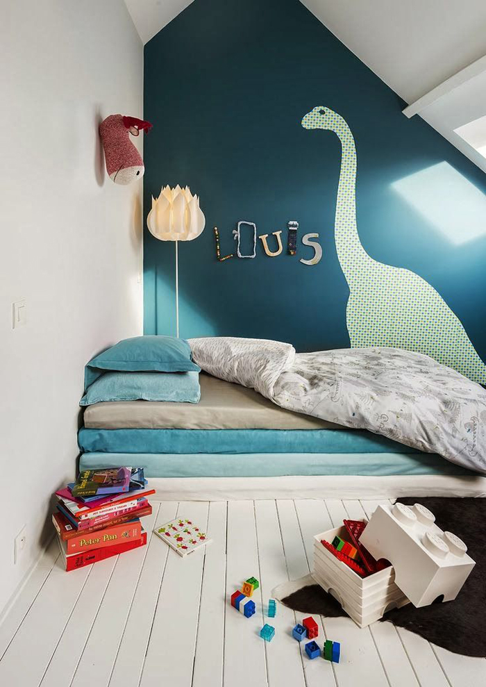 dinosaur-wall-decal-kids-room-dark-wall