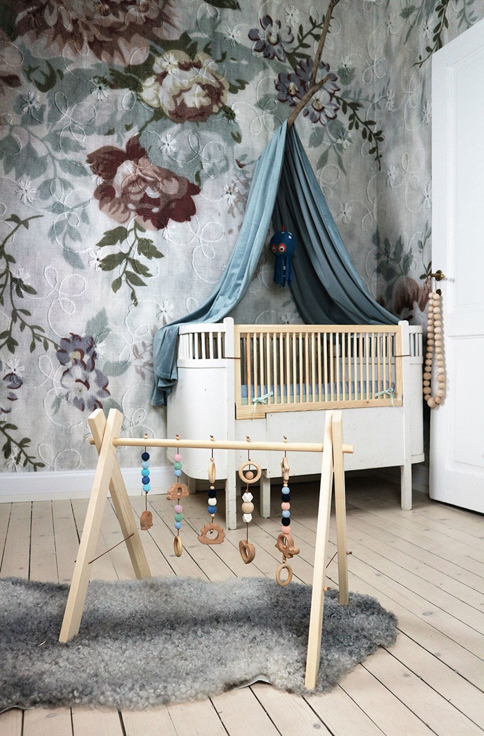 flower-wallpaper-kids-room5