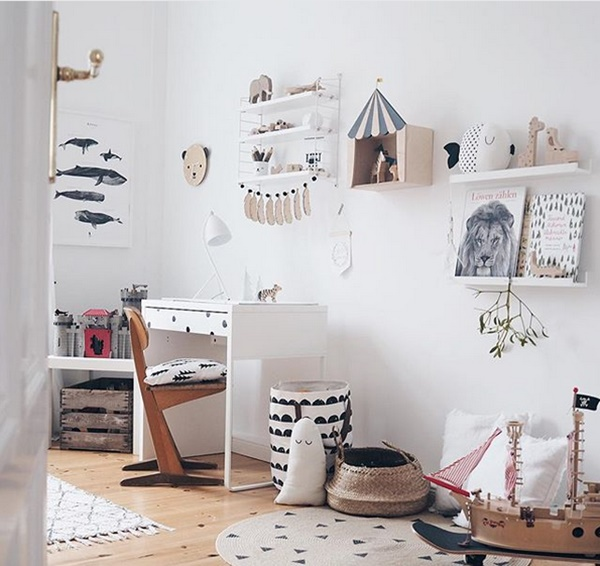kids-room-with wooden touches6