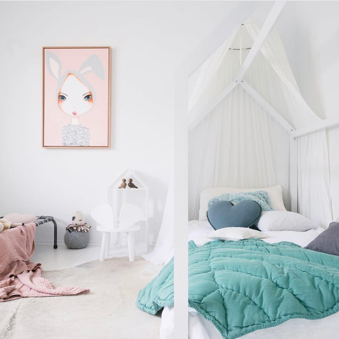 Try this unusual colour combo for your kid 39 s room petit for Pink and green kids room