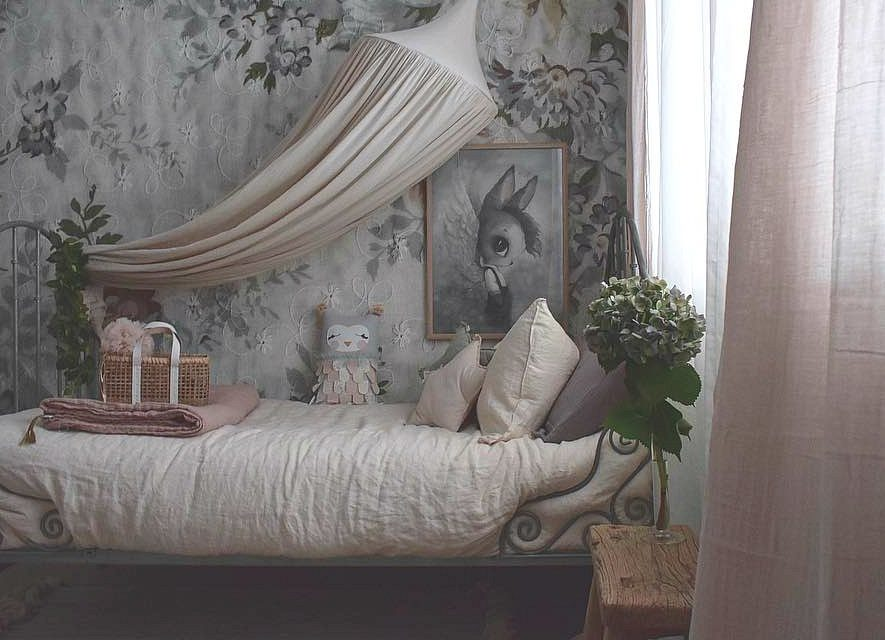 5 Beautiful Blush Bedrooms
