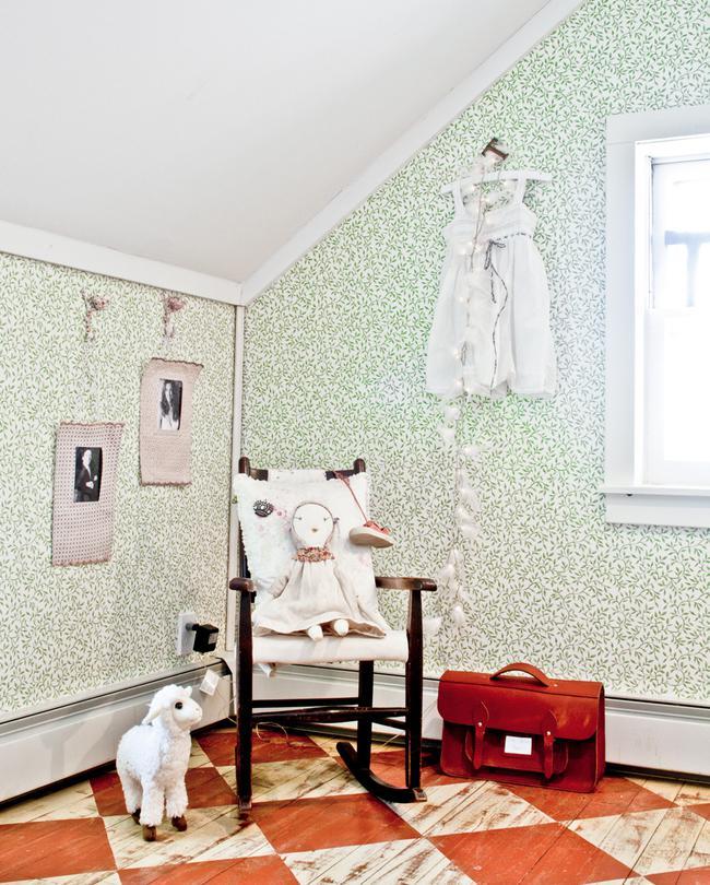 Fun Ways To Paint Your Kid's Bedroom Floors