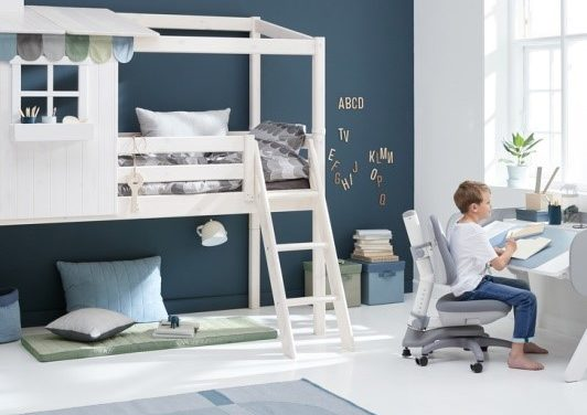Kids desks - Petit & Small
